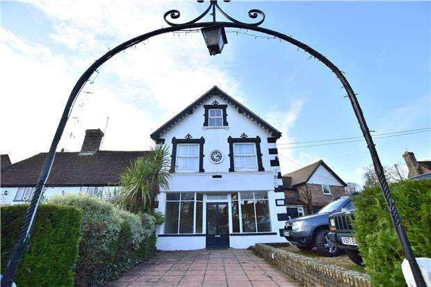 4 Bedrooms Property for sale in The Street, Sedlescombe, BATTLE, East Sussex, TN33 0QE