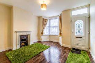3 Bedrooms Terraced House for sale in Milton Road, Gillingham, Kent