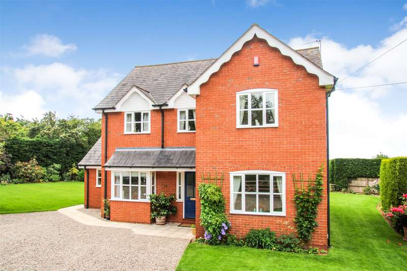 3 Bedrooms Detached House for sale in Burley Gate, Hereford, HR1