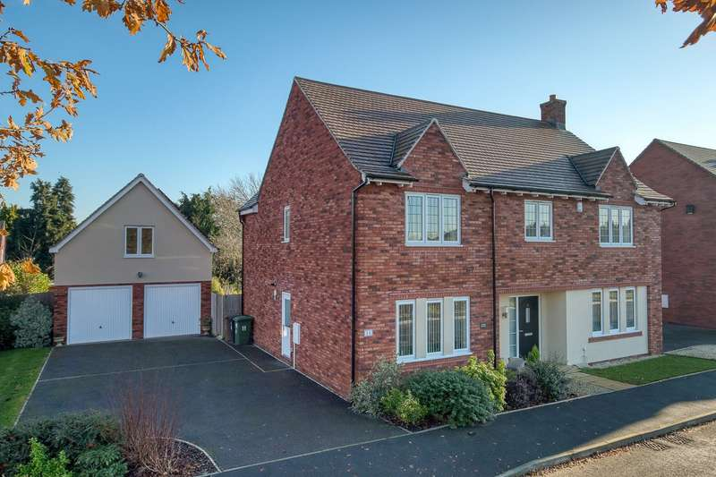 5 Bedrooms Detached House for sale in Dowling Drive, Pershore, Worcestershire, WR10