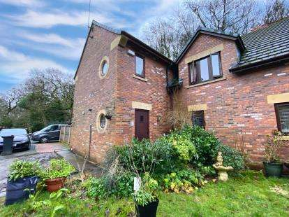 Semi Detached House for sale in Whitsters Hollow, Smithills, Bolton, Greater Manchester, BL1