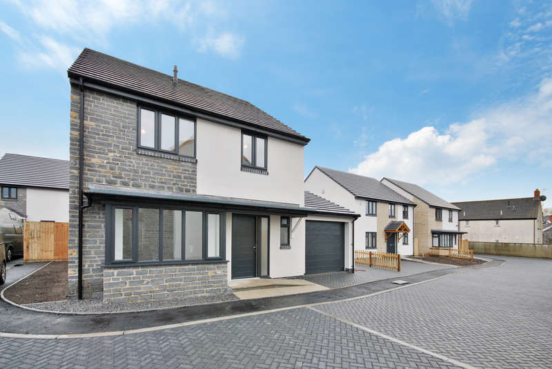4 Bedrooms Detached House for sale in Strawberry Gardens, Cheddar