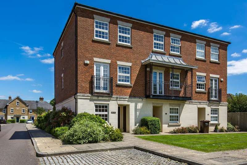 4 Bedrooms Semi Detached House for sale in Tower Place, Great Park, Warlingham, Surrey, CR6 9PW
