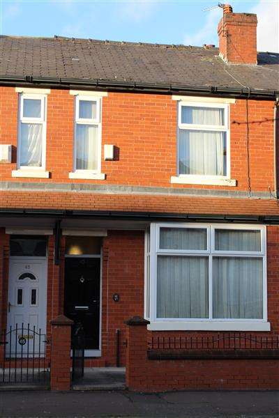 3 Bedrooms Terraced House for sale in Bluestone Road, Manchester