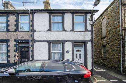 2 Bedrooms End Of Terrace House for sale in Lord Street, Blaenau Ffestiniog, Gwynedd, LL41