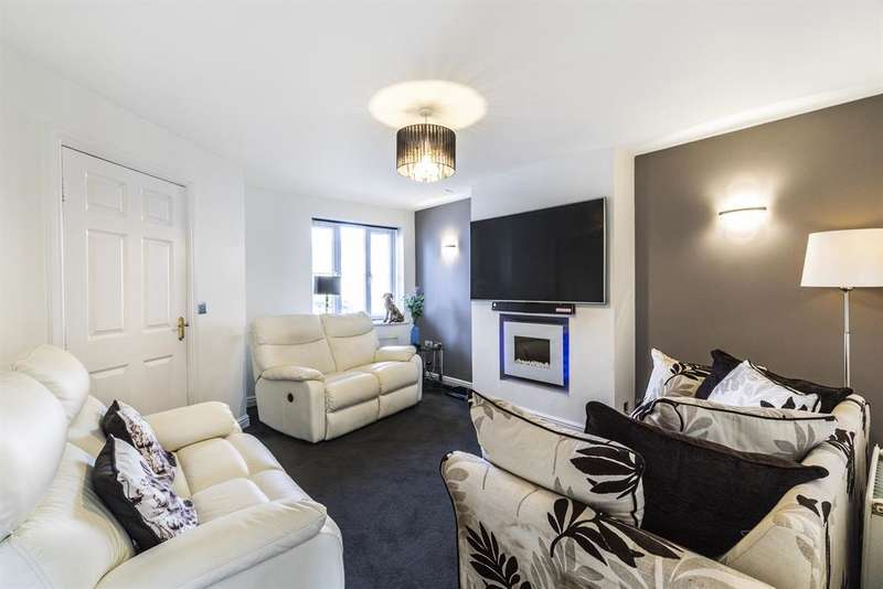 4 Bedrooms End Of Terrace House for sale in Chapel Hill Road, Pool In Wharfedale, LS21