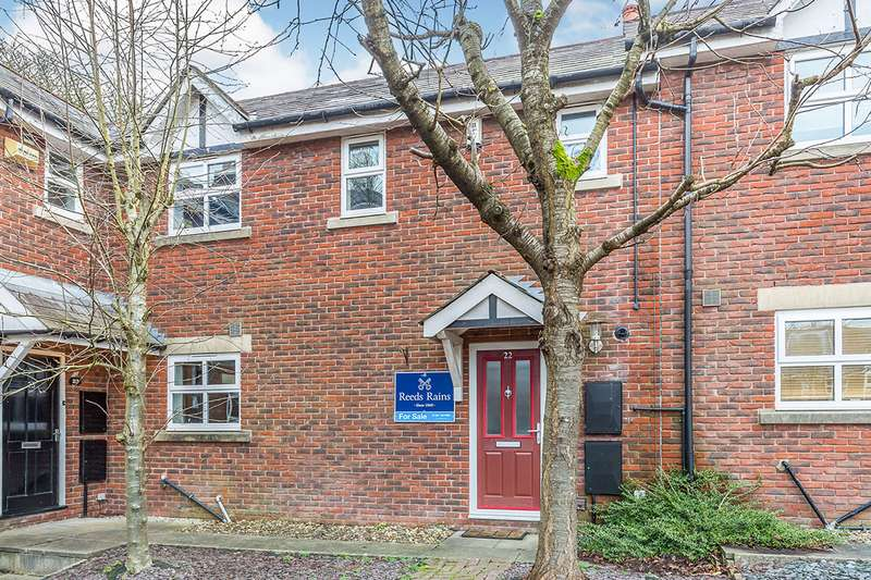 3 Bedrooms House for sale in Spring Mews, Whittle-le-Woods, Chorley, Lancashire, PR6