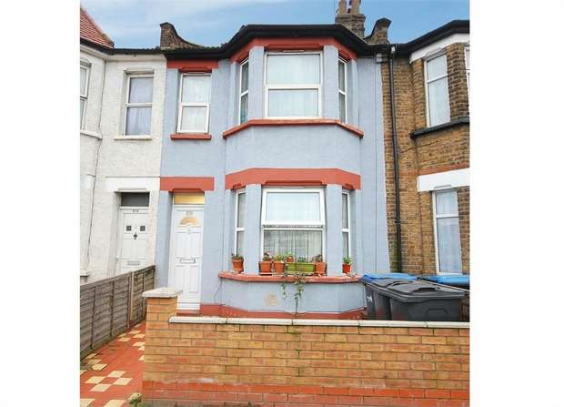 6 Bedrooms Terraced House for sale in Montagu Road, London