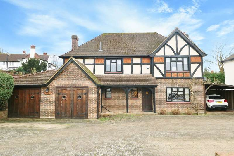 4 Bedrooms Detached House for sale in Arkwright Road, South Croydon