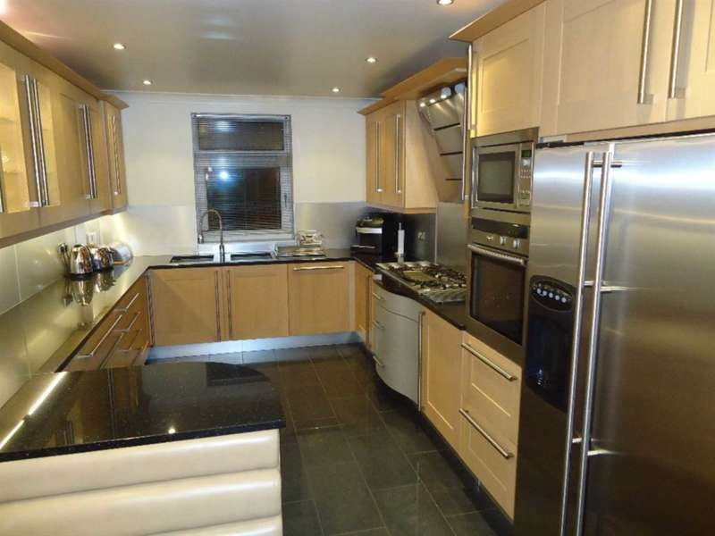 3 Bedrooms Apartment Flat for rent in Park Avenue, Mossley Hill