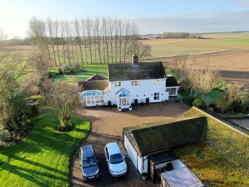 3 Bedrooms Detached House for sale in Mutford, Nr.Beccles