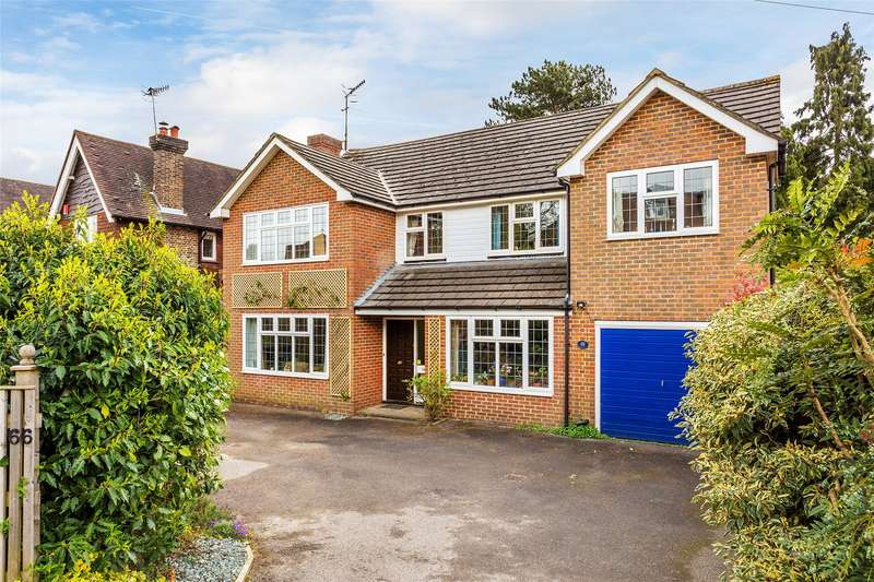 5 Bedrooms Detached House for sale in Bluehouse Lane, Oxted, Surrey, RH8