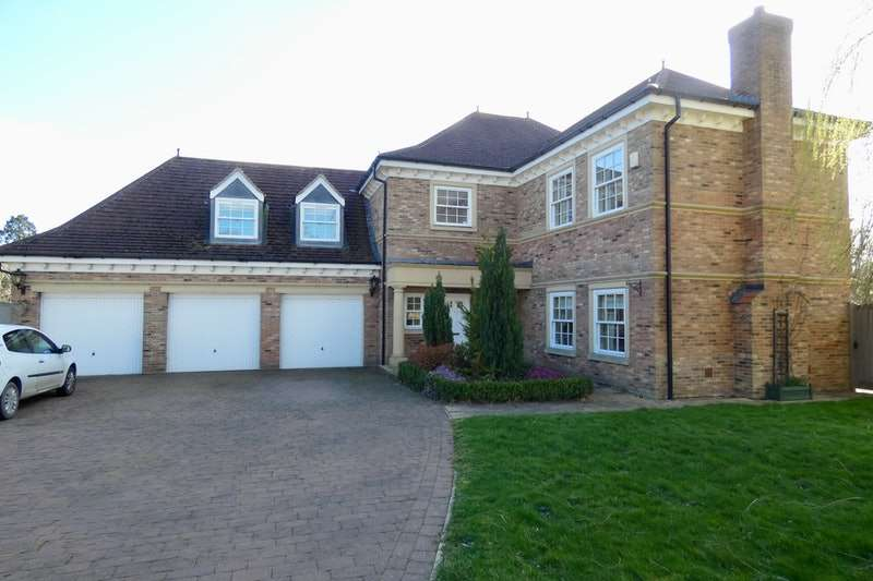 5 Bedrooms Detached House for sale in Elm Tree Way, Brandesburton, Driffield, East Yorkshire, YO25