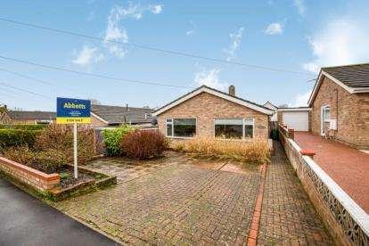 2 Bedrooms Bungalow for sale in Wymondham, Norfolk