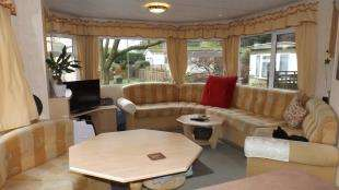 2 Bedrooms Mobile Home for sale in Meadowside Park, Lingfield, Surrey