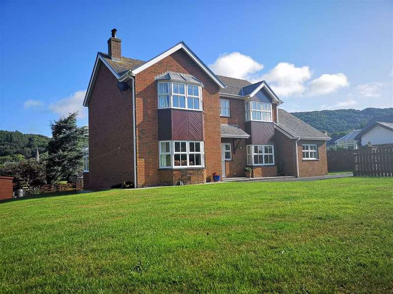 3 Bedrooms Detached House for sale in Clos Corwen, Aberystwyth