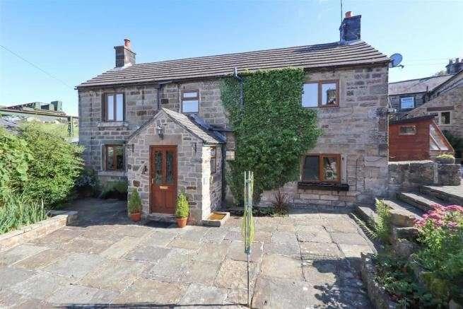 2 Bedrooms Property for sale in Thatchers Lane, Tansley, Matlock, Derbyshire, DE4 5FD