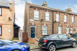4 Bedrooms End Of Terrace House for sale in Hillbrow Road, Ramsgate, Kent, .