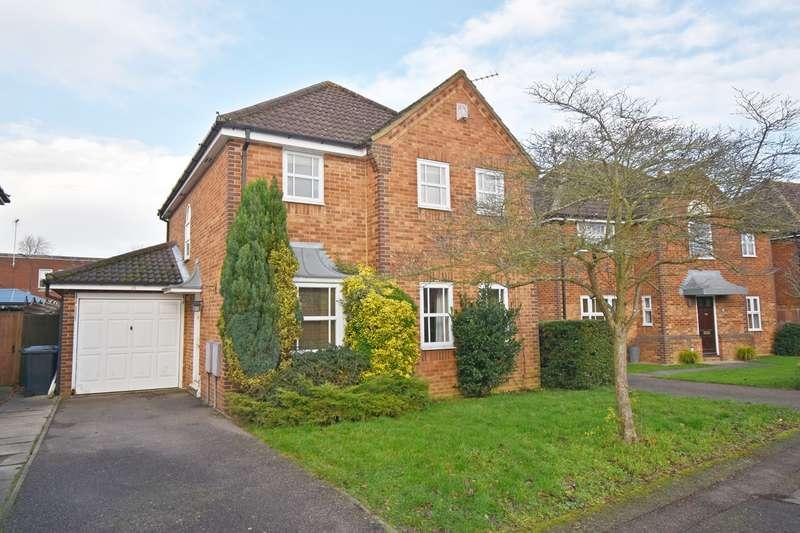 4 Bedrooms Detached House for sale in Kingsley Court, Welwyn Garden City, AL7