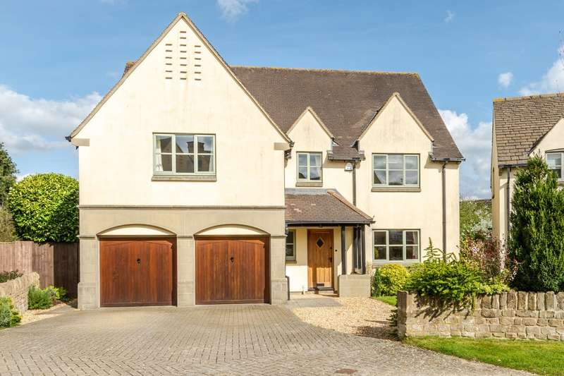 5 Bedrooms Detached House for sale in Rushcroft Close, Lea