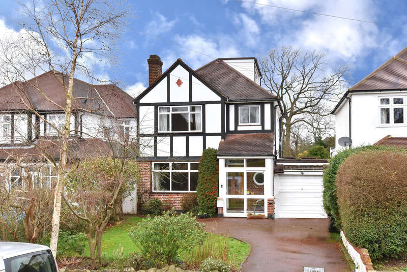 4 Bedrooms Detached House for sale in Hayes Chase, West Wickham