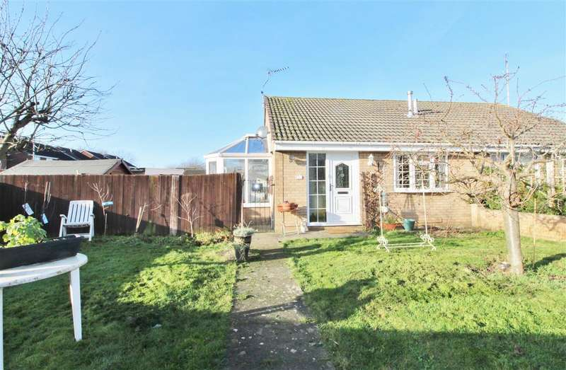 2 Bedrooms Semi Detached Bungalow for sale in Polygon Walk, Grantham