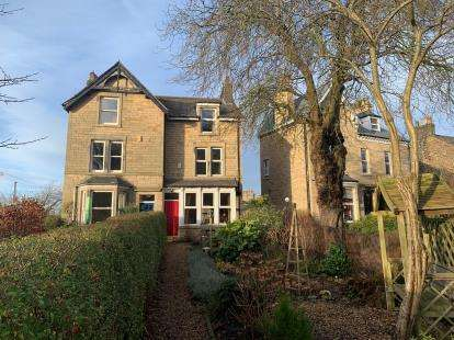 4 Bedrooms Semi Detached House for sale in Aldcliffe Road, Lancaster, Lancashire, LA1