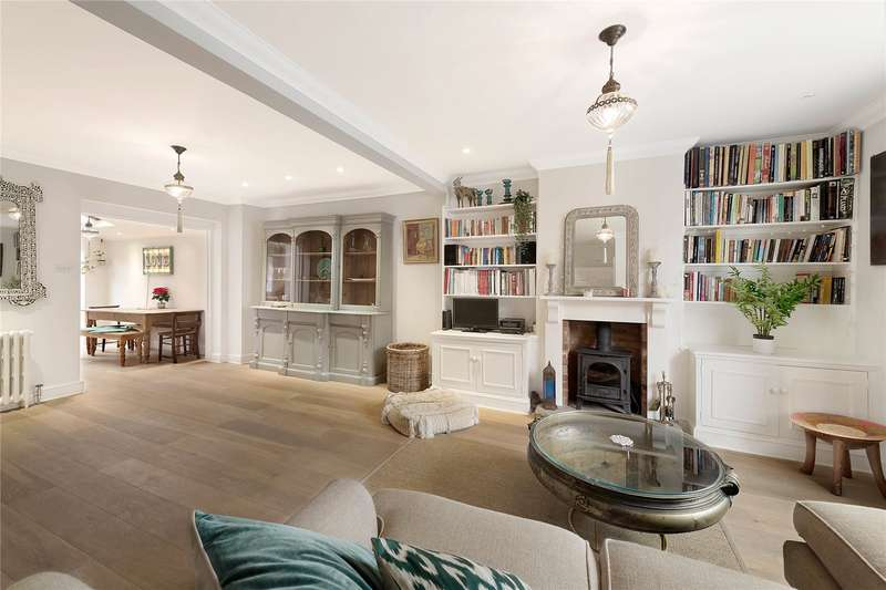 3 Bedrooms Terraced House for sale in Knowsley Road, London, SW11