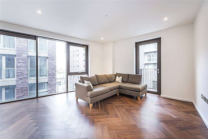 1 Bedroom Flat for sale in Capital Building, Known As Embassy Gardens, London, SW11