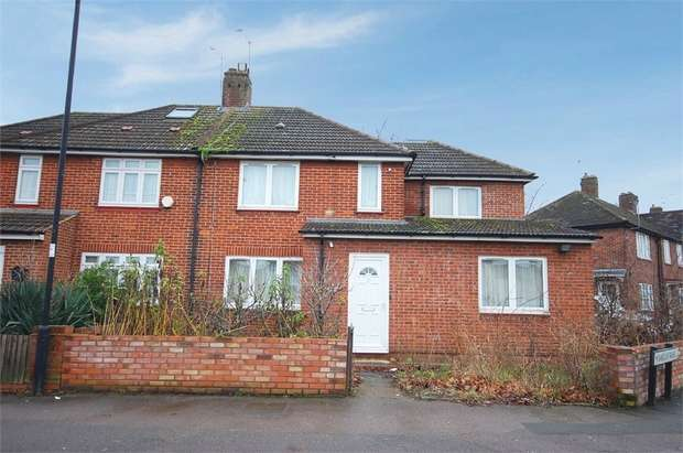 4 Bedrooms Semi Detached House for sale in Weir Hall Road, London