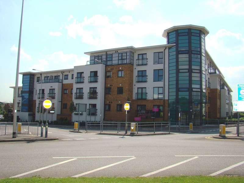 2 Bedrooms Apartment Flat for sale in Albany Heights, Hogg Lane, Grays, RM17