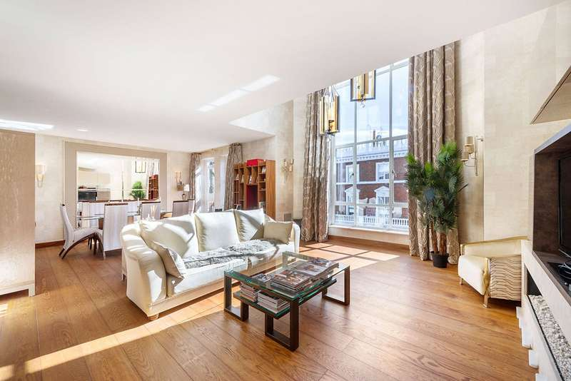 4 Bedrooms Apartment Flat for sale in Tedworth Square, London, SW3