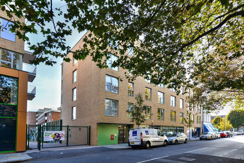 2 Bedrooms Flat for sale in Plender Street, NW1 0LB
