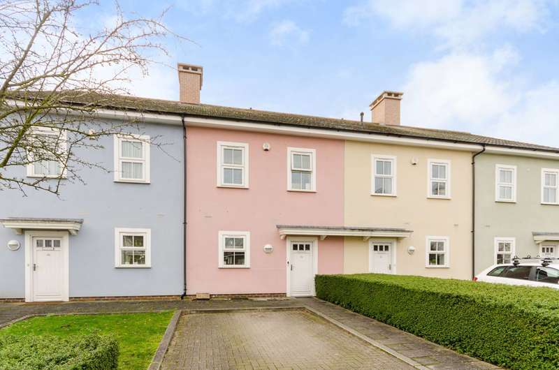 3 Bedrooms Terraced House for sale in Beaumont Drive, Worcester Park, KT4