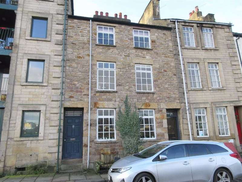 4 Bedrooms Terraced House for sale in St Georges Quay, Lancaster, LA1