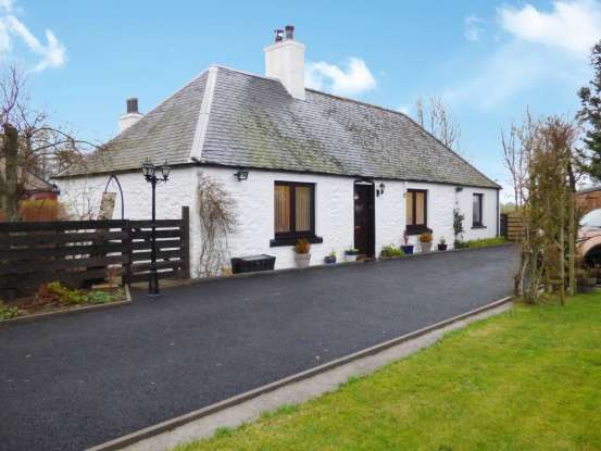 Detached House for sale in Glenogil, Forfar, Angus, DD8 3SP