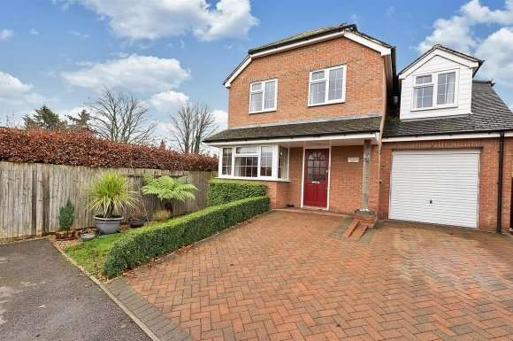 3 Bedrooms Property for sale in Old Worting Road, Basingstoke