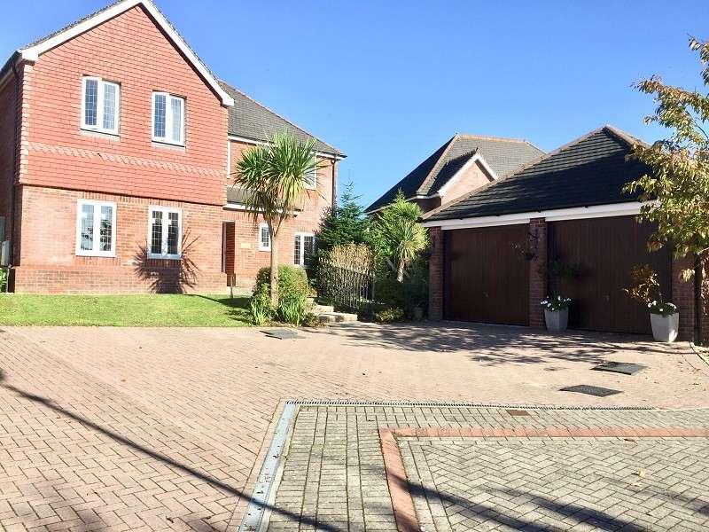 4 Bedrooms Detached House for sale in Healthy Close, Pen-y-fai, Bridgend . CF31 4BF