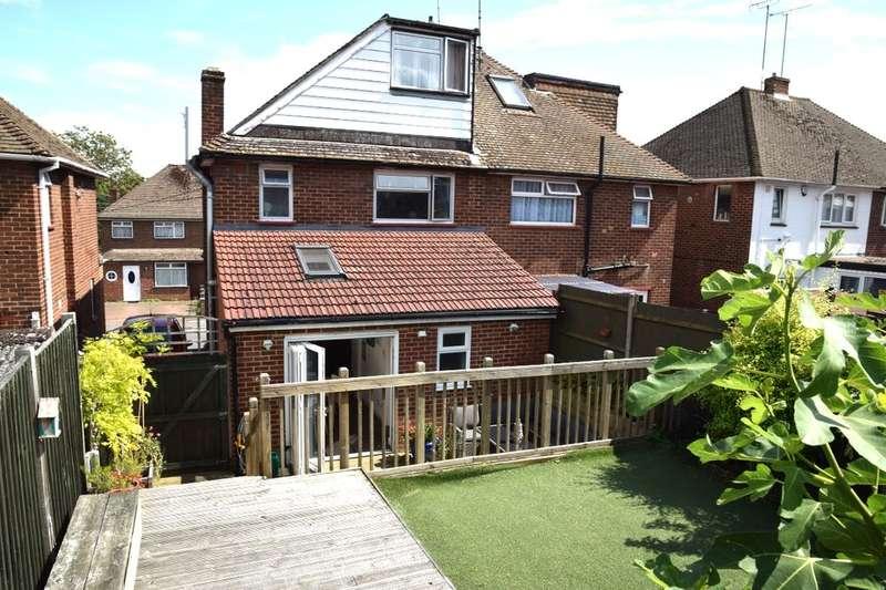 5 Bedrooms Semi Detached House for sale in Longmarsh View, Sutton At Hone, Dartford, DA4
