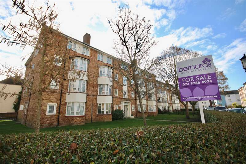 2 Bedrooms Maisonette Flat for sale in St. James's Road, Southsea