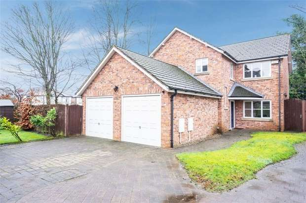 5 Bedrooms Detached Bungalow for sale in Toad Pond Close, Swinton, Manchester