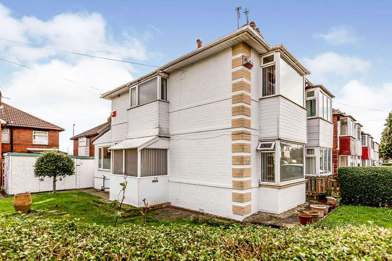 3 Bedrooms Semi Detached House for sale in Frederick Avenue, Leeds, West Yorkshire, LS9