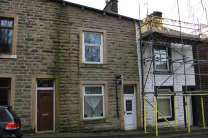 3 Bedrooms Terraced House for sale in Gordon Street, Bacup, Lancashire, OL13