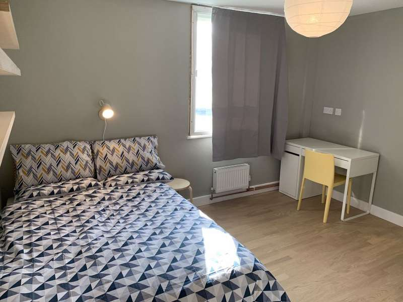 4 Bedrooms House Share for rent in Amazing En-Suite Rooms AVAILABLE NOW
