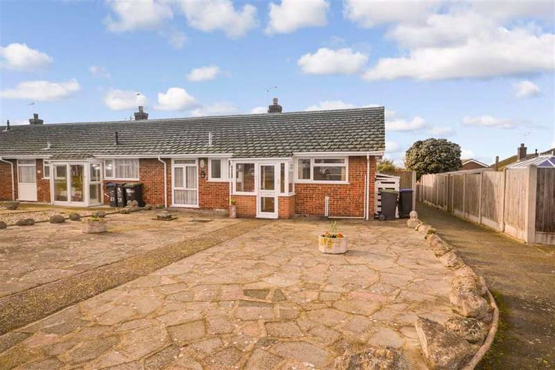 2 Bedrooms Semi Detached Bungalow for sale in Headcorn Gardens, Margate, Kent
