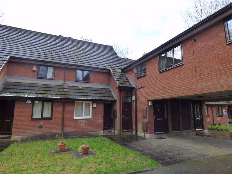 2 Bedrooms Maisonette Flat for sale in Danes Road, Fallowfield, Manchester, M14