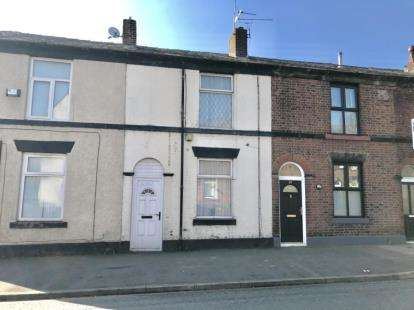 2 Bedrooms Terraced House for sale in Ainsworth Road, Elton, Bury, Greater Manchester, BL8