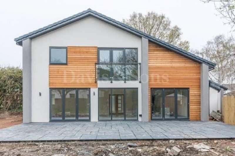 6 Bedrooms Detached House for sale in Caerleon Road, Ponthir, Newport. NP18 1GX