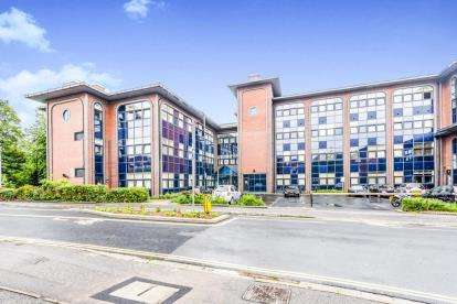 2 Bedrooms Flat for sale in 4 Millbrook Road East, Southampton, Hampshire