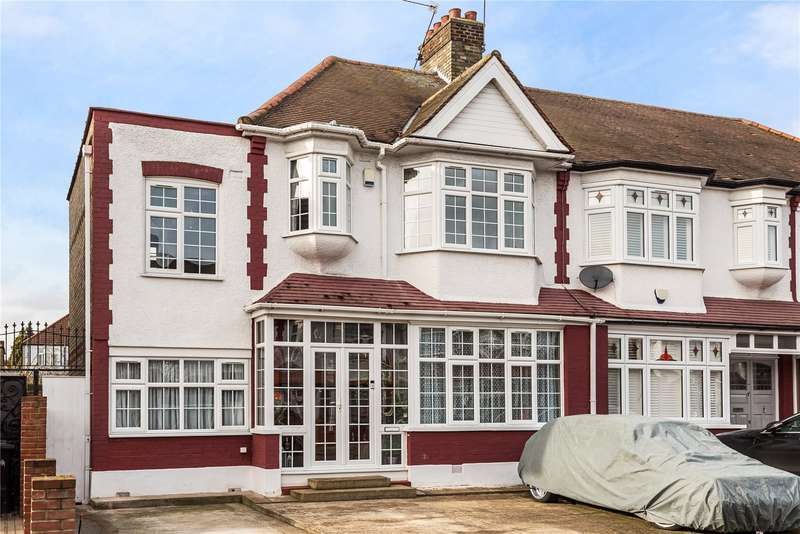 4 Bedrooms End Of Terrace House for sale in The Larches, Palmers Green, London, N13